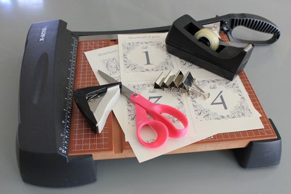 DIY Table Numbers, DIY Tutorial, DIY Wedding, free printable downloads, Wedding signs,